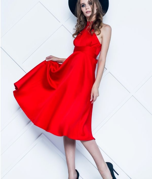 c06be9ca652 Магазин платьев - купить платье в Москве